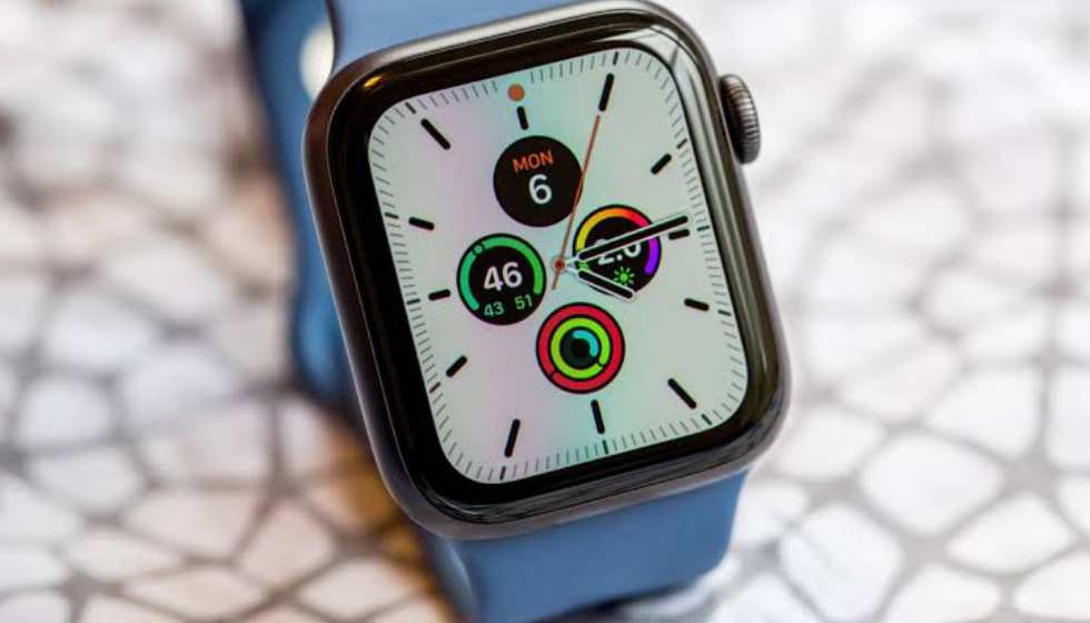WatchOS 7 latest Apple Watch features including sleep tracking