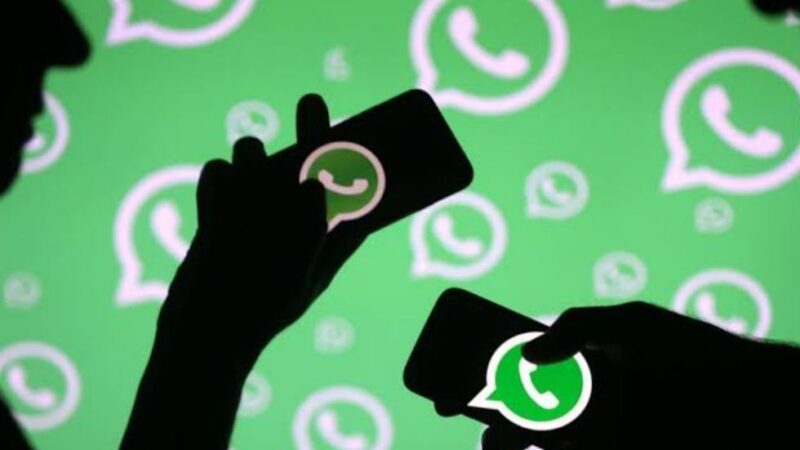 WhatsApp users will soon be able to set separate wallpapers for separate chats