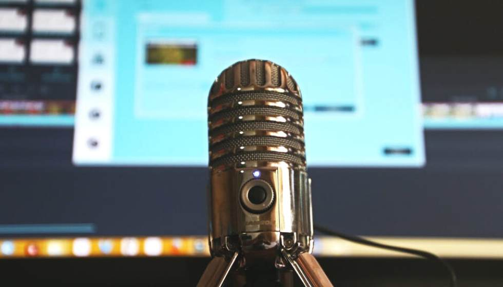 Digital Marketer's Guide to Podcasts, Webcasts, and Webinars