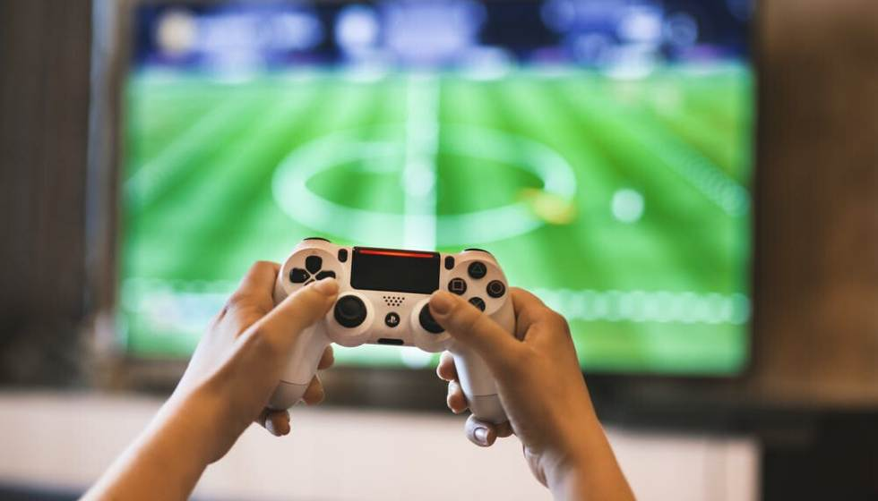 Top Gadgets for playing online games from VR to Remote Controller