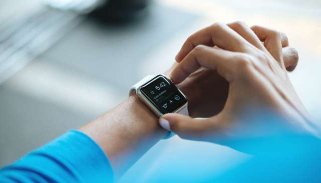 10 Best Smartwatches in India With Specifications & Price